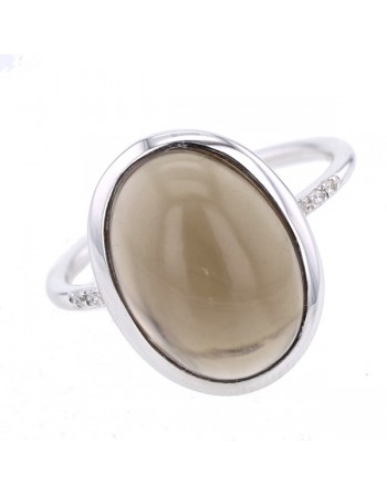 Diamond sided smoky quartz ring in 9 K gold